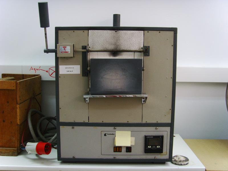 Horno de alta temperatura para tratamiento térmico